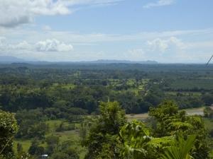 vista-manuel-antonio-national-park-in-distance1